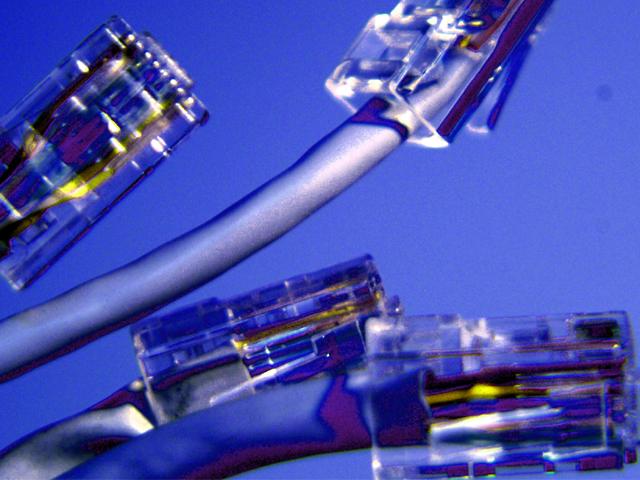 El Gobierno busca que todos los españoles tengan Internet de 10 Mbps mínimo para 2017